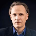 dr Piotr Piotrowski